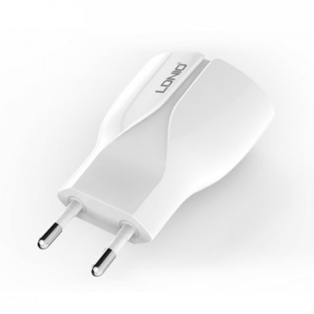 Dobbel USB 240V Lader Adapter for Veggkontakt